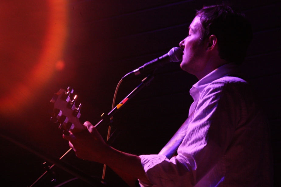 steve-quiry-and-the-ghosts-april-14-2011-221.jpg